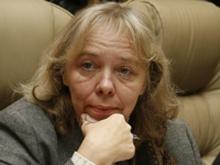 Пицунова потребовала не допустить бесплатной работы некоммерческих организаций