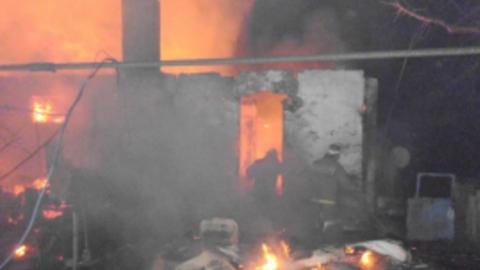 В новогоднюю ночь сгорела сторожка возле аэродрома