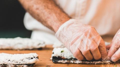 10 человек подхватили сальмонеллез в студии суши