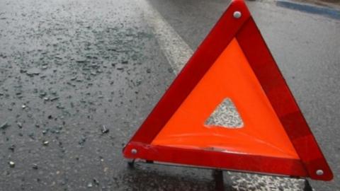 Женщина-водитель получила травмы в аварии на дороге