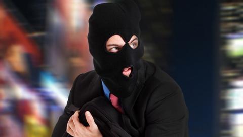 Рецидивиста подозревают в краже тонометров