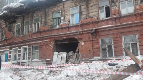 Разваливающийся дом в Нескучном переулке опасен для окружающих