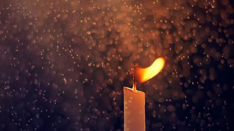 93-летняя женщина погибла из-за горящей свечи