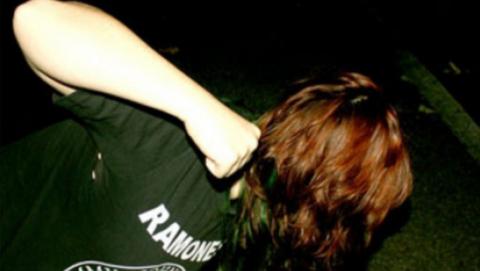 Трех малолеток и юношу обвинили в сексуальном насилии над 17-летней девушкой
