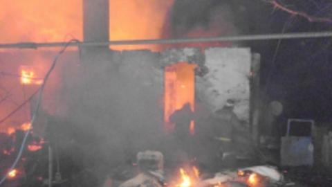 Утром сгорел дом