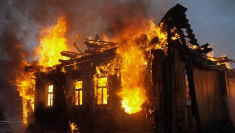 Под Балашовом выгорел частный дом