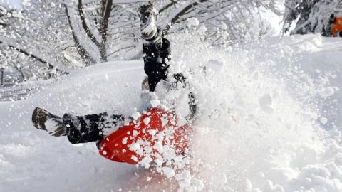Завтра из-за снегопадов и мороза в Саратове не будут учиться все школьники