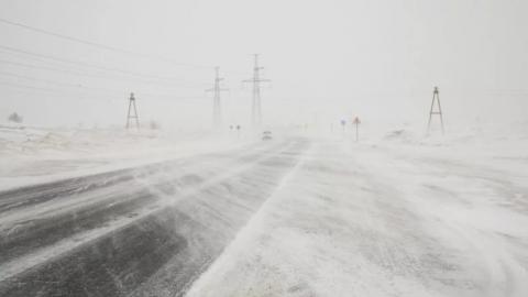 Трасса между Россией и Казахстаном закрыта в Саратовской области