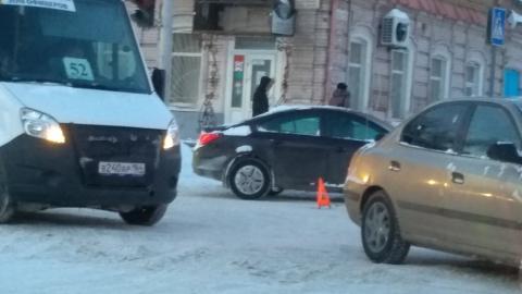 Тройная авария остановила движение на улице Горького