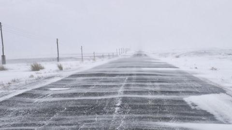 Трасса Россия - Казахстан закрыта в четырех районах Саратовской области