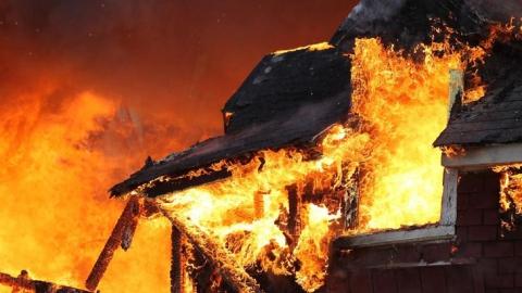 В Вольске на пожаре погибла пенсионерка