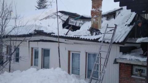 В многоквартирном доме рухнула крыша