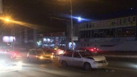 Ежевечерние пробки в Саратове сковали десятки улиц