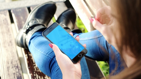Телефонные мошенники обобрали двух пожилых женщин