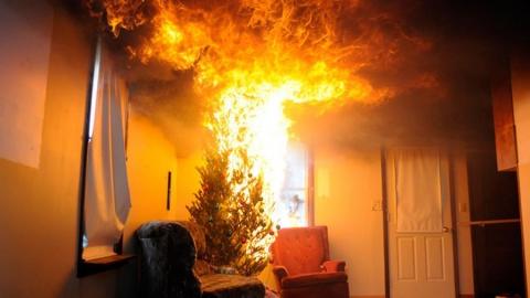 Пенсионер погиб на пожаре. Началась проверка