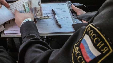 Судебного пристава подозревают в присвоении денег должников