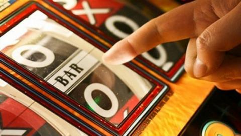 Женщина заработала на нелегальных азартных играх почти три миллиона
