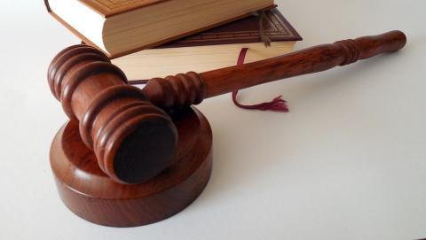 Суд впервые обязал предпринимателей заключить договор с Регоператором