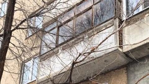 Мать выпрыгнула с младенцем с шестого этажа из-за ссоры с сожителем