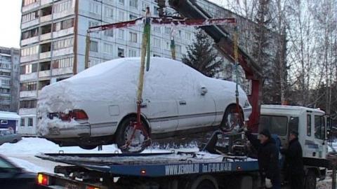 192 автомобиля забрали на штрафстоянку за четыре дня