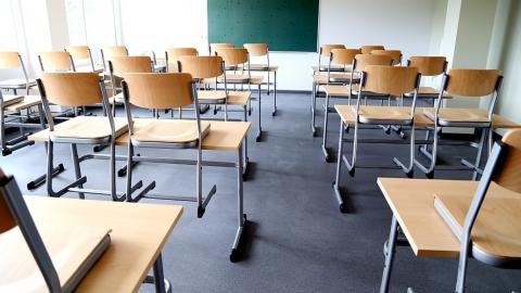 Плохая погода стала причиной отмены уроков в районах области