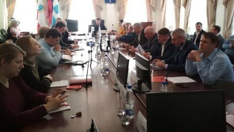 Регоператор поблагодарил депутатов Саратовской городской думы за помощь в работе