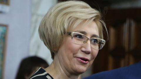 Министра приговорили к условному сроку за незаконную раздачу премий