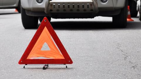 """Водитель """"четырнадцатой"""" и его пассажир госпитализированы после аварии"""