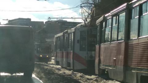 Авария парализовала девятый и десятый трамвайные маршруты