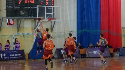 В Саратове состоялся региональный финал чемпионата школьной баскетбольной лиги «КЭС-Баскет»