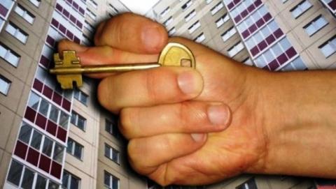 Мошенник обманул саратовцев на миллион, пообещав им приватизацию муниципальных квартир