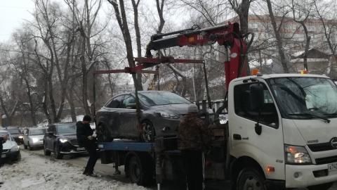 За 10 дней более 400 автомобилей эвакуировали на штрафстоянки