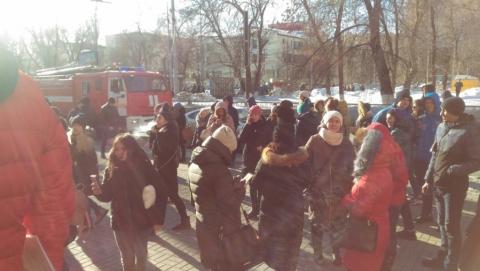 """Из """"Триумф Молла"""" эвакуировали посетителей"""