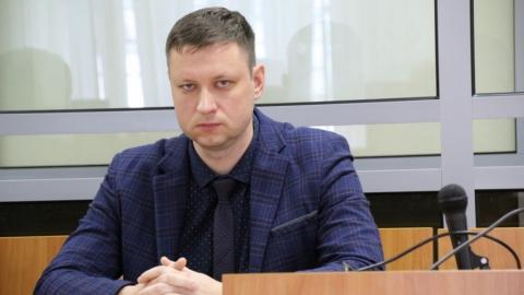 За пьяную аварию бывшему прокурору запретили выезжать из Саратова и гулять по ночам