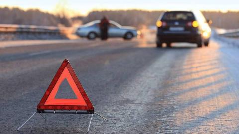"""В столкновении двух """"Лада Грант"""" пострадали водитель и два пассажира"""