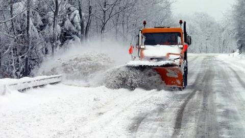 Метель на трассах. В Саратовской области продолжают закрывать дороги