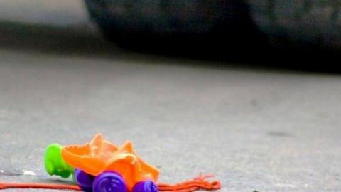 Три часа назад водитель сбил 12-летнюю девочку и скрылся