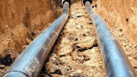 «КВС» продолжает менять водопровод в Крымском тупике