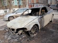 В Саратове сожгли авто заместителя полпреда Ингушетии. Фоторепортаж