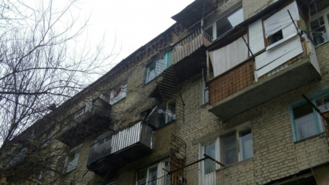 С пятого этажа дома рухнул балкон