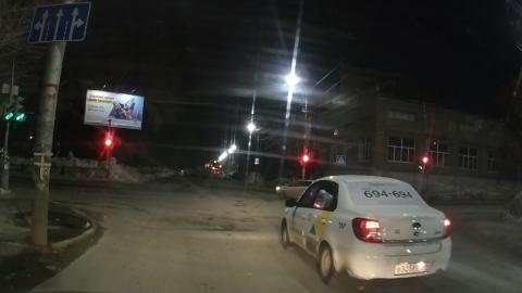 Поведение таксиста-автохама разберут сотрудники ГИБДД