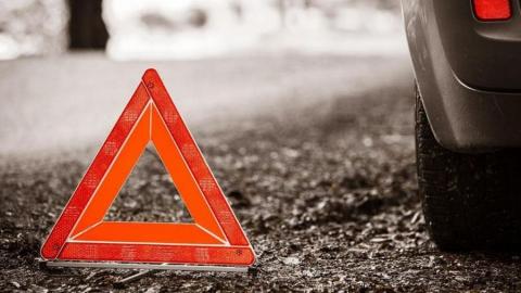 Женщина-водитель сбила пешехода и скрылась