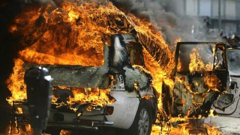 В сгоревшей иномарке погиб 80-летний мужчина