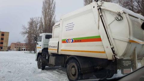 Мусоровывозящие компании поставили новую спецтехнику в Саратовскую область