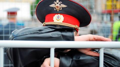 Двух экс-полицейских подозревают в избиении троих граждан