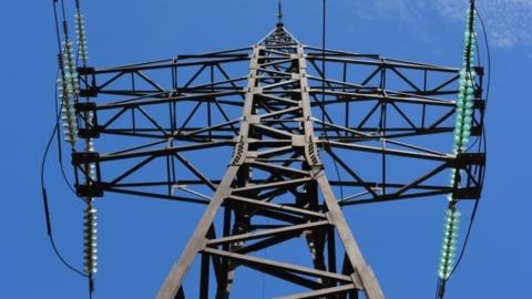 Более трех тысяч жителей Энгельса два часа находились без электричества