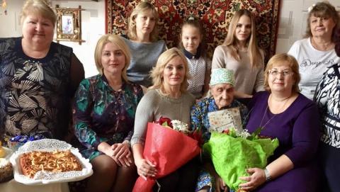 Долгожительница из Энгельса отметила 100-летний юбилей