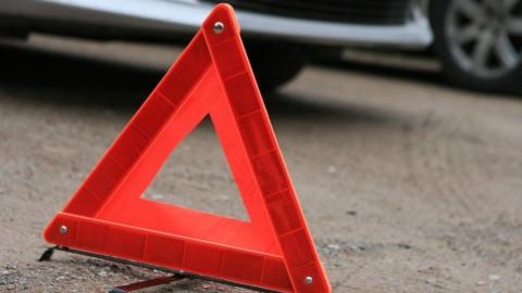 Девушка-водитель ранена в аварии