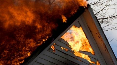 Сегодня на пожаре сгорел 78-летний хозяин дома