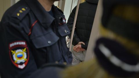 Полицейского обвиняют в избиении 18-летнего парня
